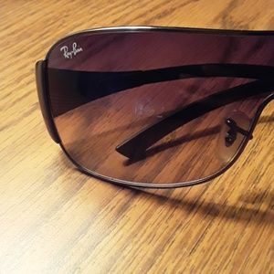 Rah-Ban Pilot Sunglasses (Mens)